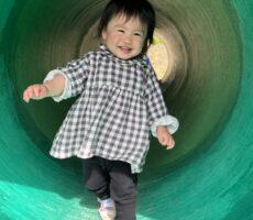 作品No:127 トンネル脱出!<br><br>トンネルは暗くて苦手だけど、このトンネルは緑色で怖くなかったよ。<br><br>