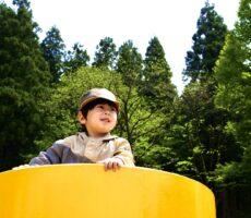 作品No:160 土管からの眺め<br><br>土管から公園を見渡す、ワクワクした表情と自然に囲まれた公園だと言うのが分かる様に撮影しました!<br><br>