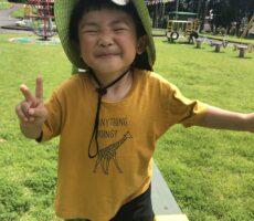 作品No:25 ピーーース!!<br><br>3歳最後の日、桂公園で最高の笑顔が撮れました☆<br><br>