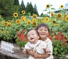 作品No:154 むぎゅーっ‼︎<br><br>向日葵に負けない元気いっぱい笑顔キラキラの仲良し兄弟です♫<br><br>