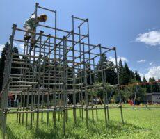 作品No:175 真夏の大冒険<br><br>ずっと怖がってきたジャングルジムに今夏初めて挑戦!一番上まで登れた!!でもこの後、下を見て足すくむ(´-`).。oO<br /> 泣きながらも下までまたがんばりました!<br><br>